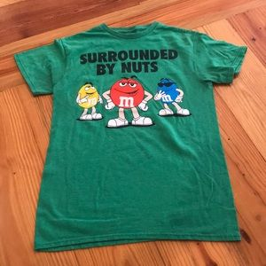 M&M's Surrounded by nuts graphic tee size small